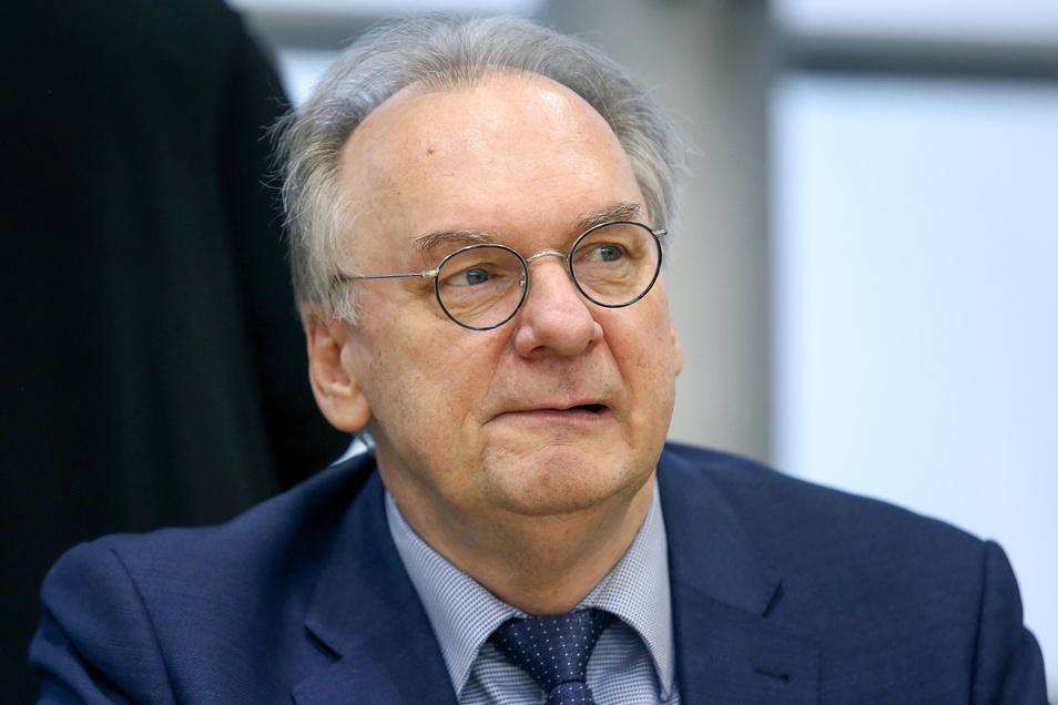 Ministerpräsident Reiner Haseloff und seine CDU haben die Landtagswahl in Sachsen-Anhalt mit großem Abstand gewonnen.