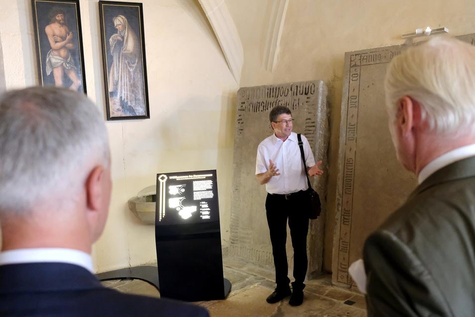"""Erstmals sind die Gemäldetafeln """"Schmerzensmann"""" und """"Schmerzensmutter"""" von Lucas Cranach dem Älteren öffentlich zugänglich."""