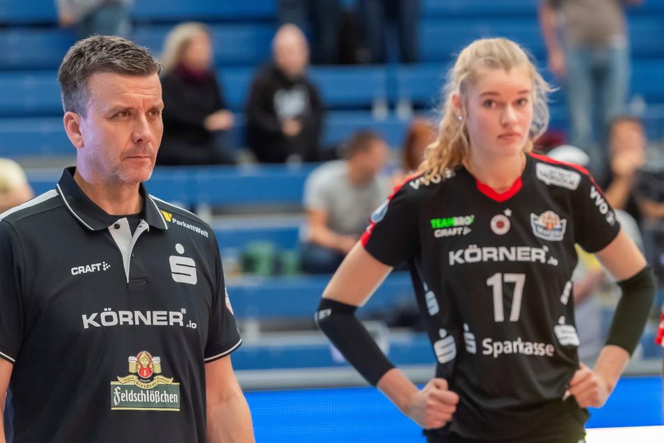 Gegen getrennte Wege: DSC-Cheftrainer Alexander Waibl und Super-Talent Camilla Weitzel.