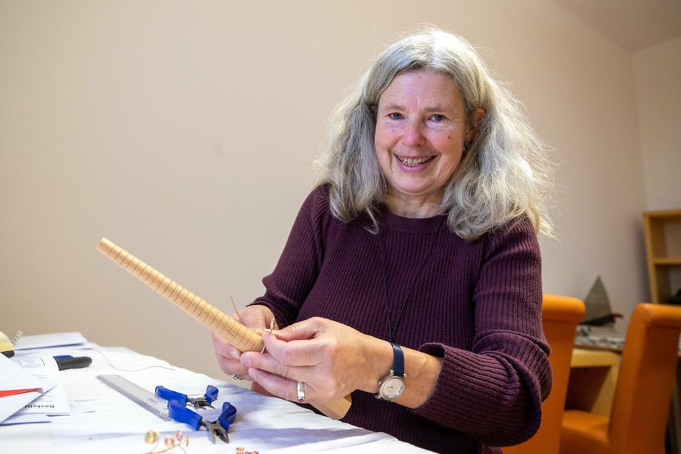 Museumspädagogin Ines Eisoldt will wieder mit Teenagern bald wieder basteln: Schmuck aus der Bronzezeit.