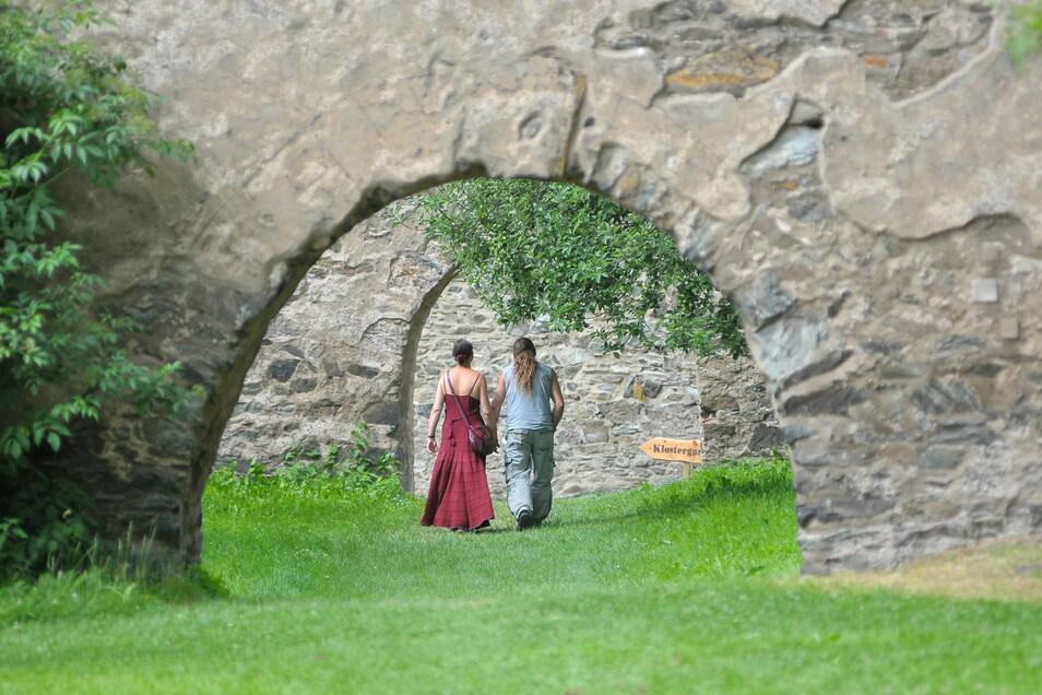 Im Klosterpark Altzella gibt es wieder Führungen.