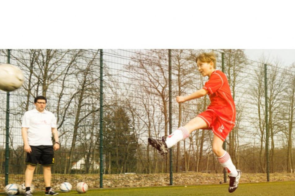Fußball-Training mit Privat-Trainer