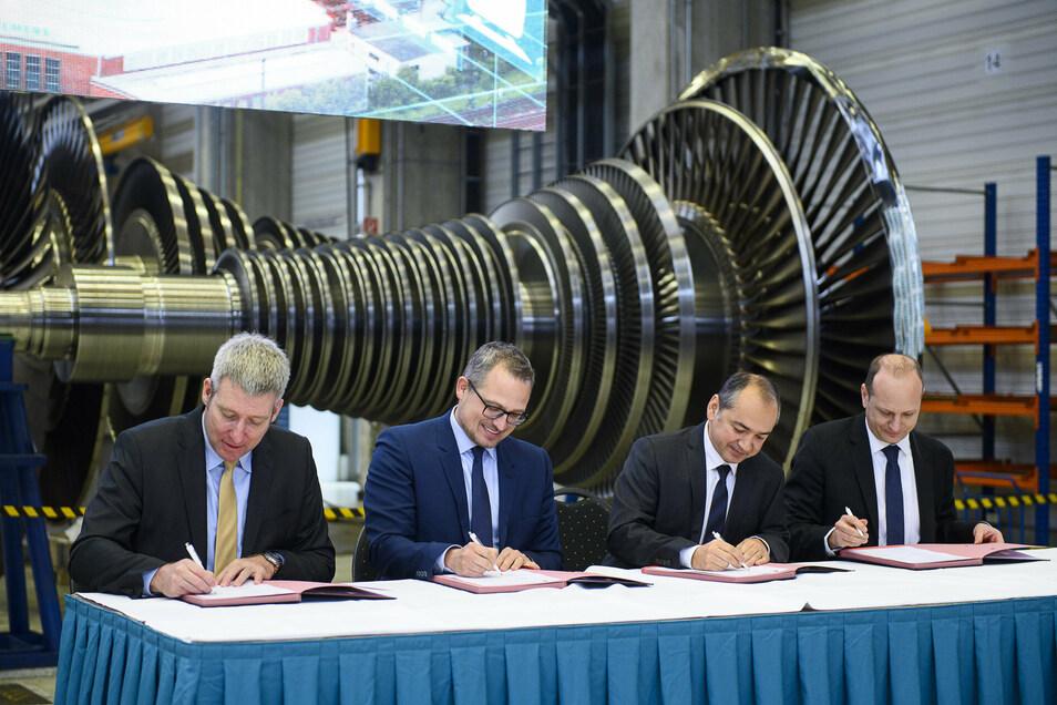 Im Dezember wurden die Absichtserklärungen für den Innovationscampus Lausitz zwischen Forschungs- und Hochschulpartnern, der Stadt Görlitz und Siemens unterzeichnet.