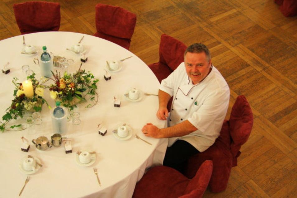 Edwin Schneider ist der Chef im Wichernhaus. Er verzeichnet derzeit weniger Kundschaft zur Mittagszeit.