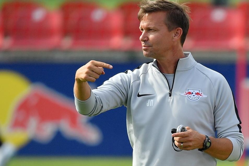 Er war bereits Co-Trainer beim RB Leipzig, jetzt wird er der Nachfolger von Julian Nagelsmann: Jesse Marsch vom RB Salzburg.
