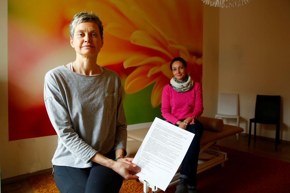 Mareike Maschke (l.) und Madlen Gebauer sind zwei der Unterzeichnerinnen eines Briefes an den sächsischen Ministerpräsidenten Michael Kretschmer.