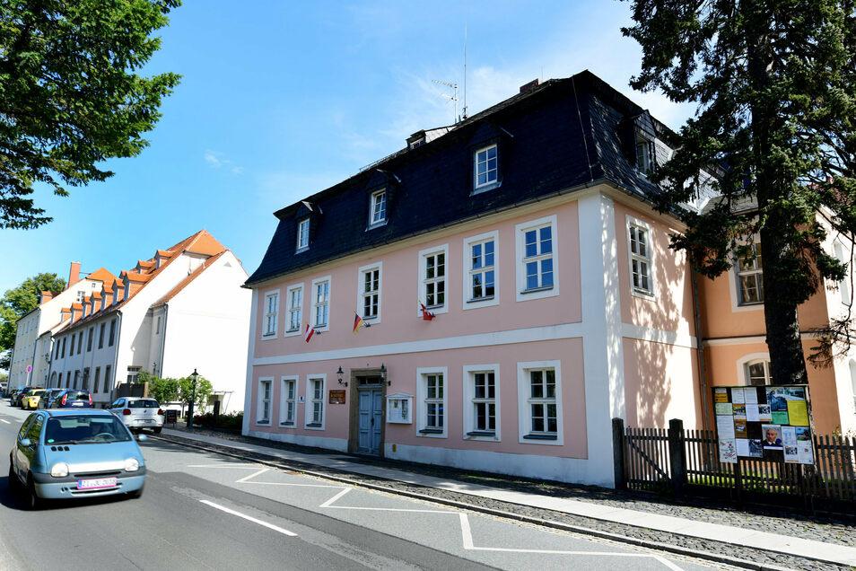 Das Gästehaus der Brüder-Unität, Komensky, steht im Zentrum Herrnhuts.