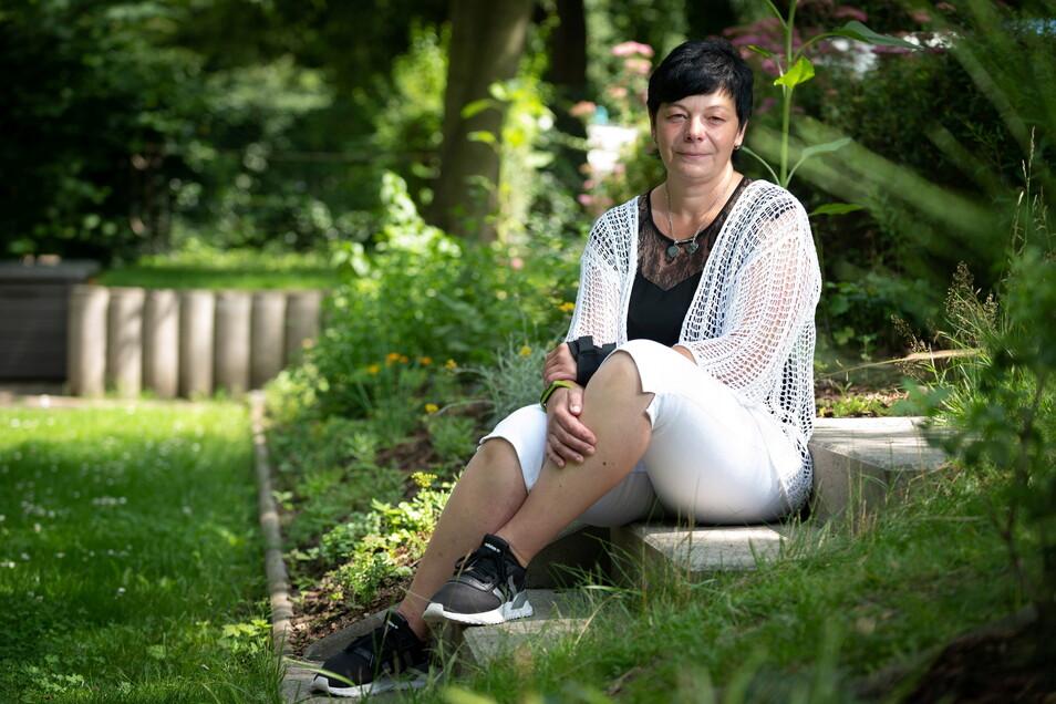 Dorit Fritsche bedauert, dass es so wenige Angebote der Trauerbegleitung gibt und der Tod aus dem Leben verbannt bleibt. Zu ihrem gehört er seit dem Verlust ihres Sohnes dazu.