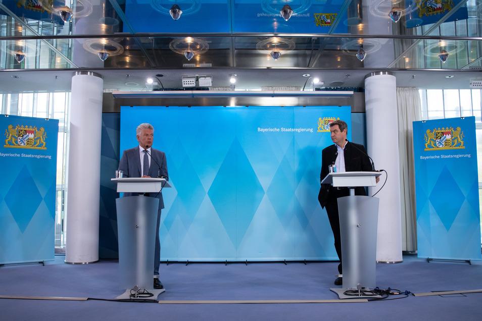 Bayerns Ministerpräsident Markus Söder (r, CSU) und München OB Dieter Reiter (SPD) haben das Oktoberfest 2020 nun offiziell abgesagt.