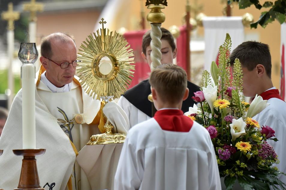 Nach Auffassung von Pfarrer Měrćin Deleńk ist es nicht mit christlichen Werten vereinbar, AfD zu wählen.