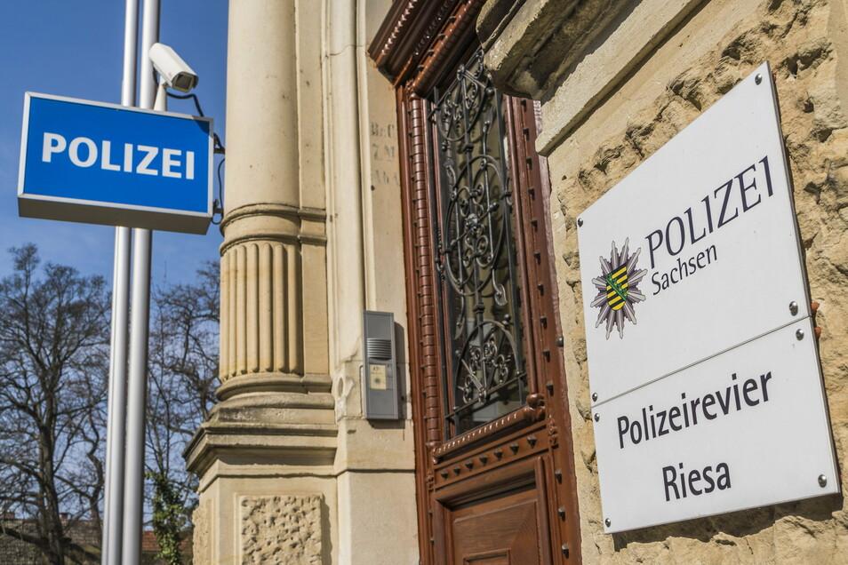 Im Riesaer Polizeirevier an der Klosterstraße arbeiten rund 100 Beamte. Sie sind für den kompletten Altkreis Riesa und die Stadt Lommatzsch zuständig.