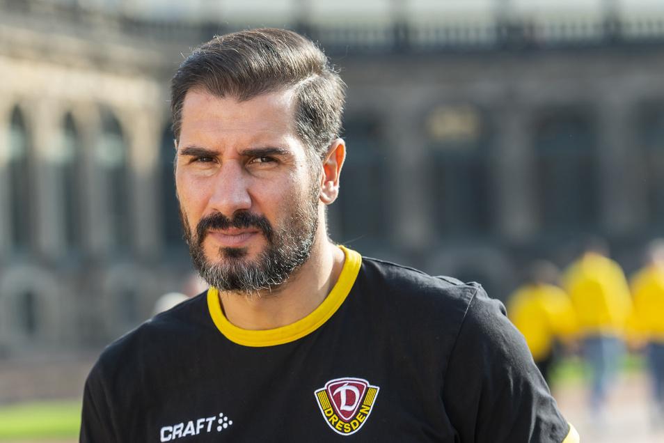 Trainer Cristian Fiel nimmt den Ausflug wahr, aber seine Gedanken sind bei der sportlichen Situation. Er bastelt an Taktik und Aufstellung für das Spiel gegen Bielefeld am Samstag.