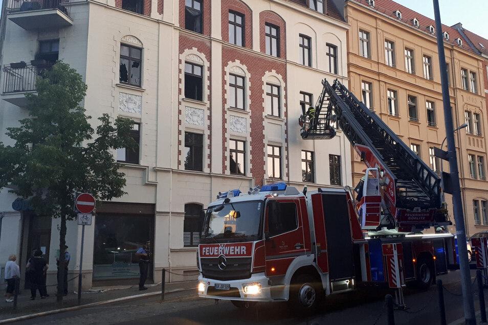 Im zweiten Stock des Eckhauses brannte es am Freitagabend.