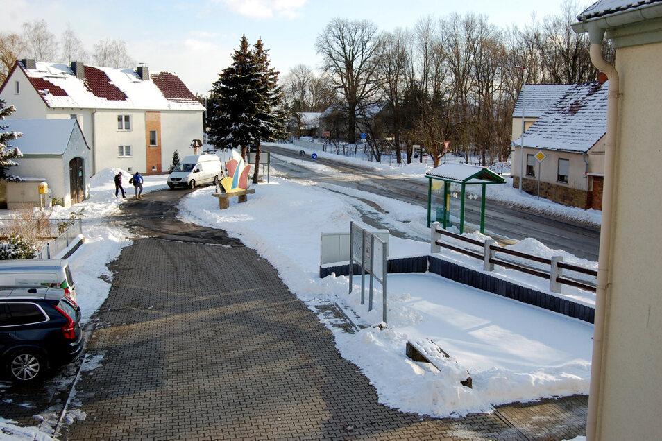 Dieser Platz in Dörgenhausen soll attraktiver gestaltet werden.