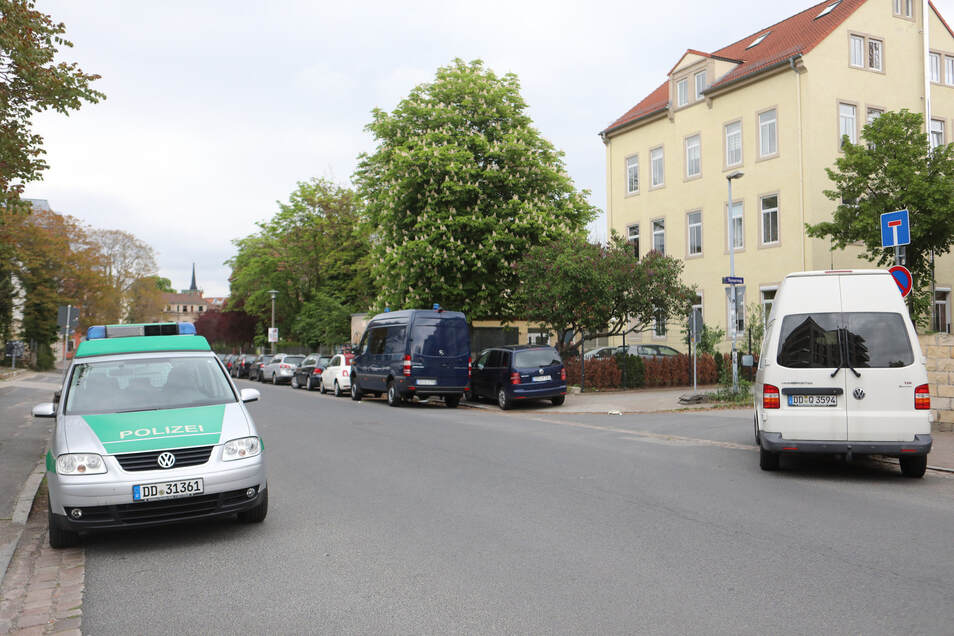 Der Verdächtige lebte in einem Nebengebäude dieses vierstöckigen Mietshauses an der Ecke Stetzscher Straße/Turnerweg.