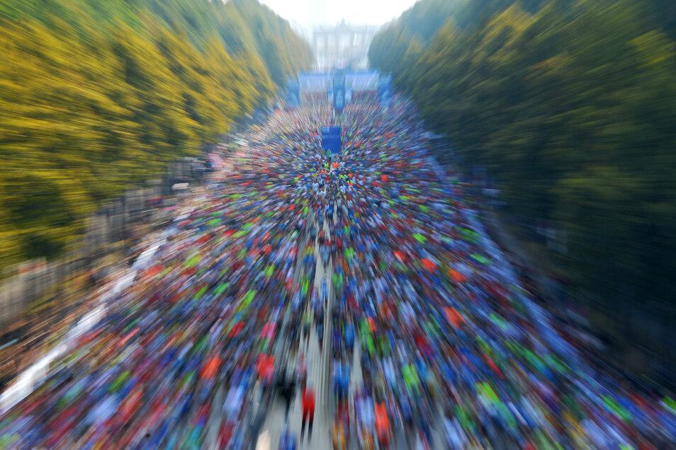 Dieses Bild bietet die Straße des 17. Juni in Berlin in diesem Jahr nicht.