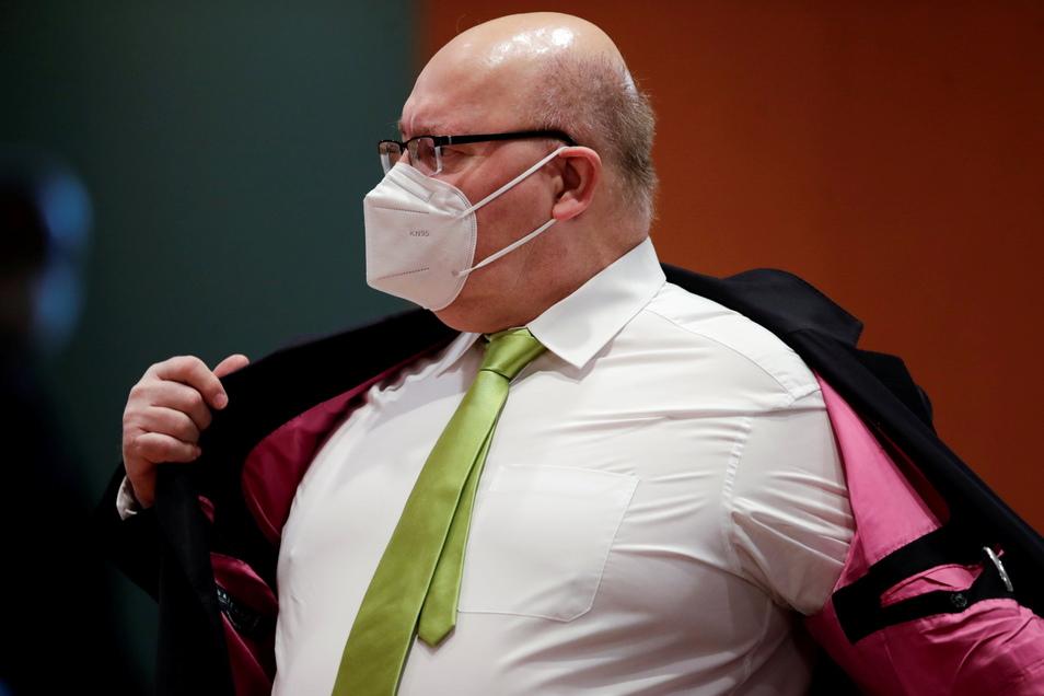 Bundeswirtschaftsminister Peter Altmaier hat sich mit dem Astrazeneca-Impfstoff impfen lassen.