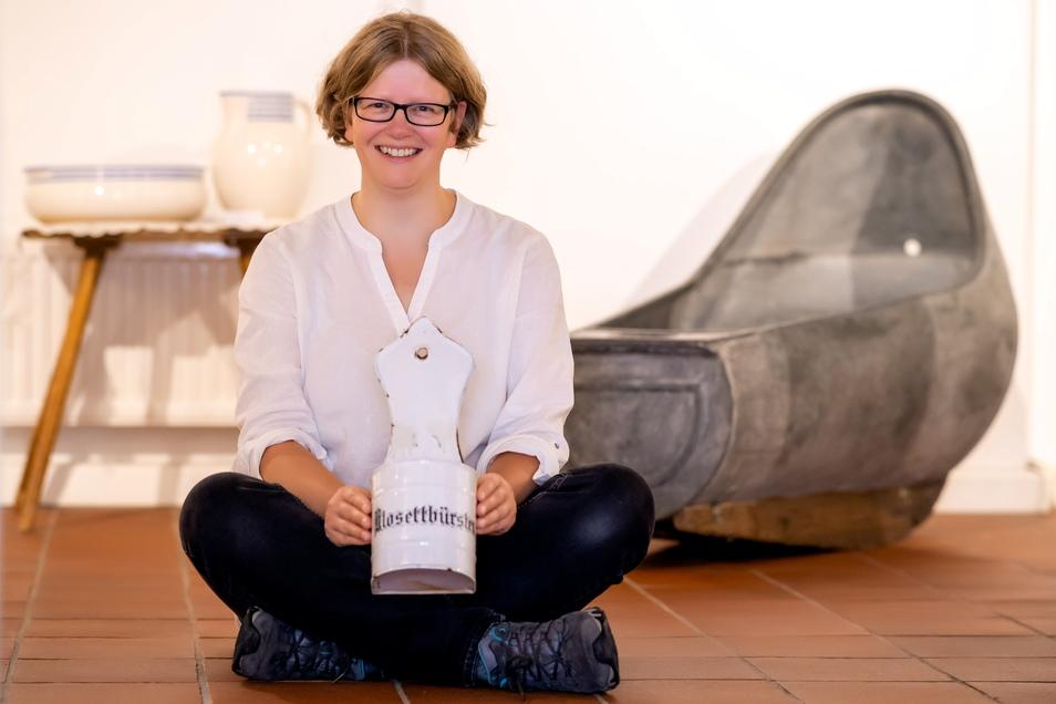 Ulrike Hentzschel ist seit zehn Jahren im Stadtmuseum Neustadt. Zum neuen Standort hat sie einen interessanten Variantenvergleich angestellt.