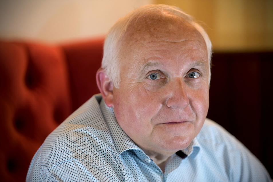 Oberbürgermeister von Löbau Dietmar Buchholz hat nach seiner Corona-Erkrankung und seinem Amtsverzicht jetzt das erste Interview gegeben.