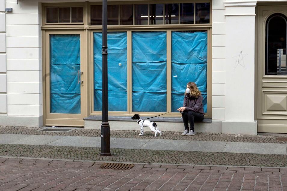 Trotz der wieder erlaubten Öffnung bleiben vielerorts die Läden dicht.