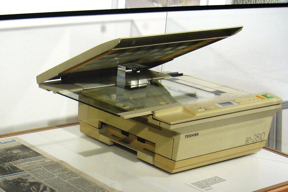 Der gespendete Fotokopierer von 1990 wird 2015 in einer Ausstellung im Schiltacher Museum am Markt gezeigt.