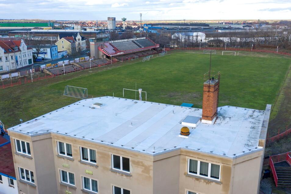 Was wird aus dem Ernst-Grube-Stadion? Die Stadt will nun Ideen aus der Bürgerschaft sammeln, um das Areal wieder zugänglich zu machen.