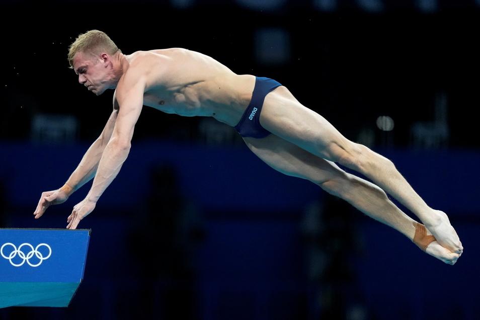 Wasserspringer Timo Barthel ist vom Zehn-Meter-Turm ins olympische Halbfinale eingezogen.