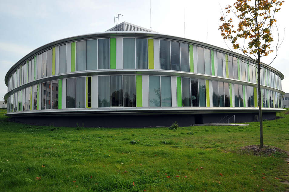 Ein Dienstgebäude des Landeskriminalamtes von Mecklenburg-Vorpommern bei Schwerin