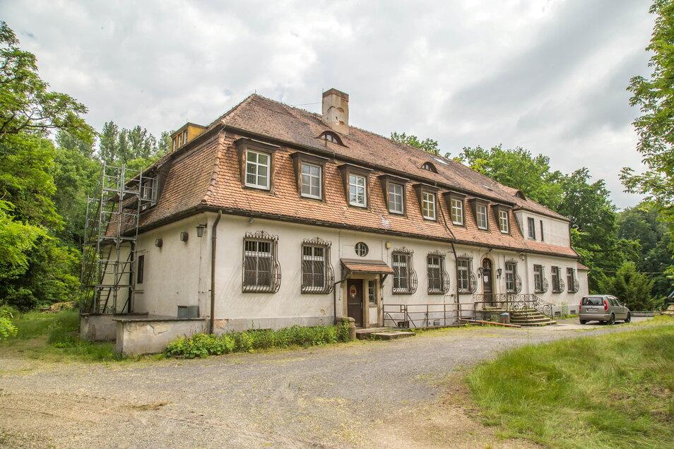Mit Strom und Wasser ist das Schloss Niederspree wieder versorgt. Nun wartet man auf den Bescheid auf Fördermittel, um mit der Modernisierung des Schlosses beginnen zu können.