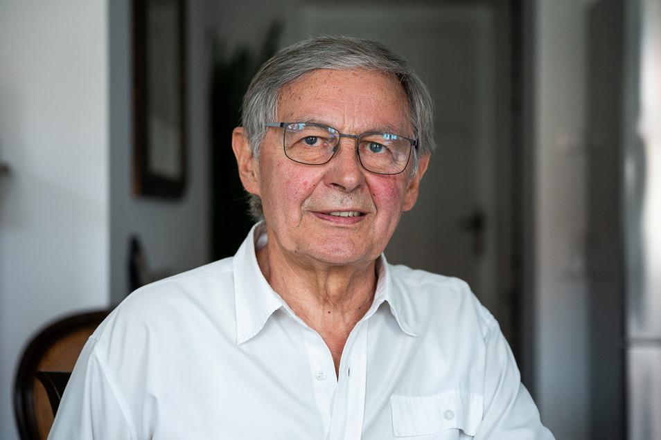 Rolf Weidle wurde jetzt vom Bundespräsidenten für sein Lebenswerk mit dem Bundesverdienstkreuz ausgezeichnet.