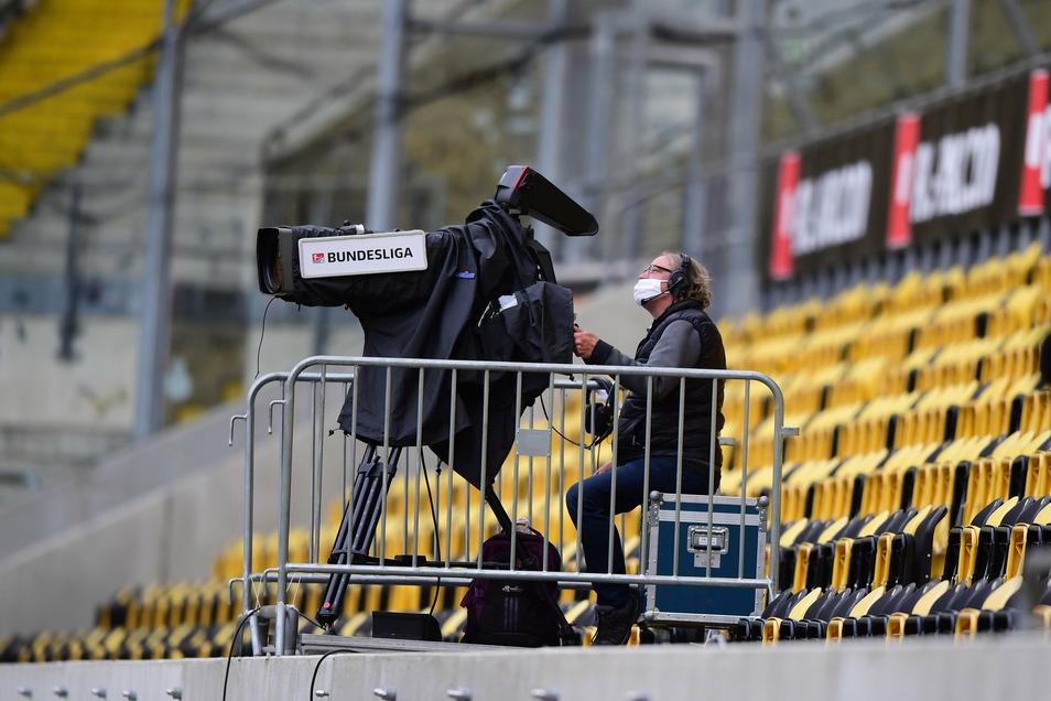 In Zukunft stehen bei Dynamos Spielen auch im Dresdner Rudolf-Harbig-Stadion vier bis sechs Kameras des Bezahlsenders Magenta Sport. Er überträgt alle Partien in der 3. Liga live.
