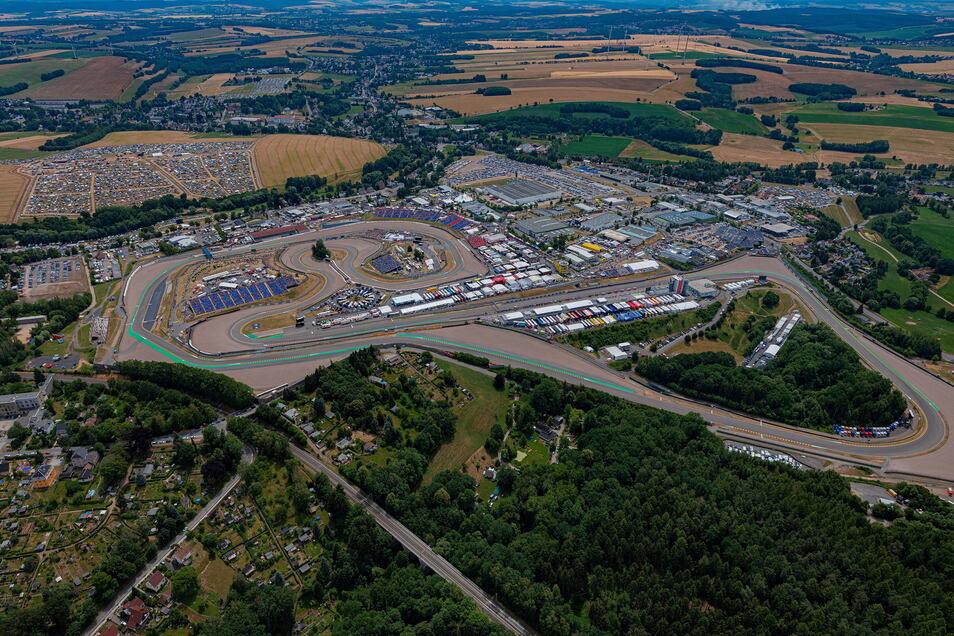 Auf dem Sachsenring bei Hohenstein-Ernstthal wird bis 2026 der jährliche Grand-Prix in Deutschland ausgetragen.