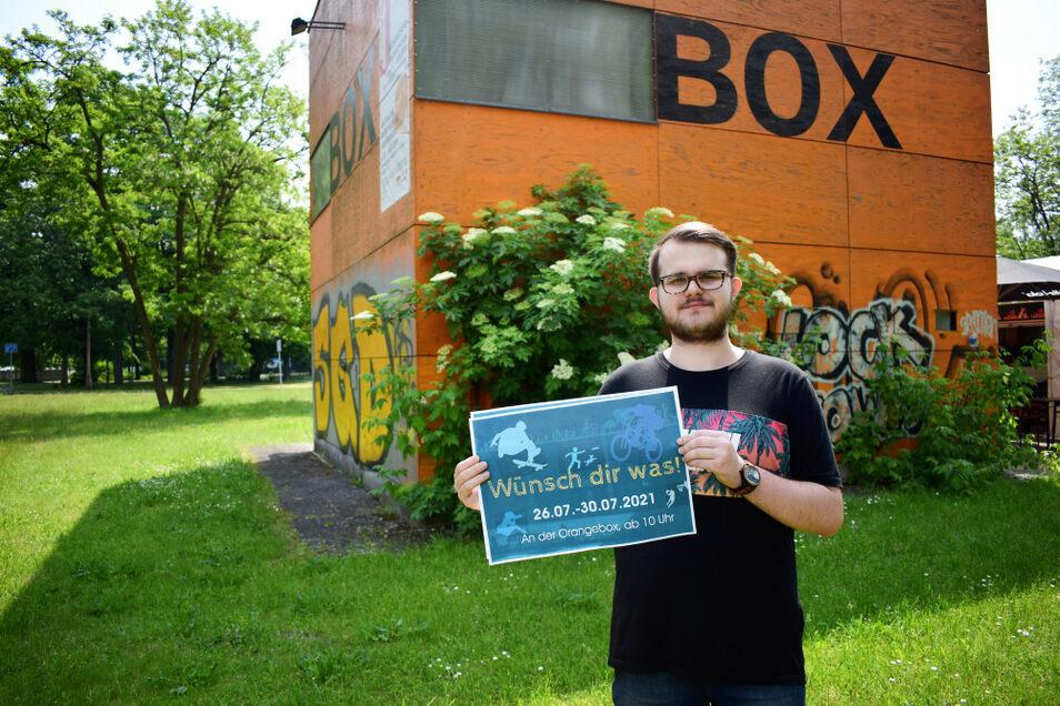 """In der kommenden Woche heißt es an der Orange Box """"Wünsch dir was"""", wie Pascal Stallerscheck zeigt. Das Ferienprojekt mit Beteiligung des Jugendstadtrates möchte Kinder zur Teilhabe animieren, ihnen eine Stimme geben."""