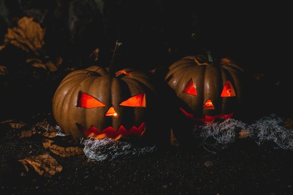 Geschnitzte Kürbisse sind zu Halloween nicht nur Deko, sondern haben einen ursprünglichen Sinn.