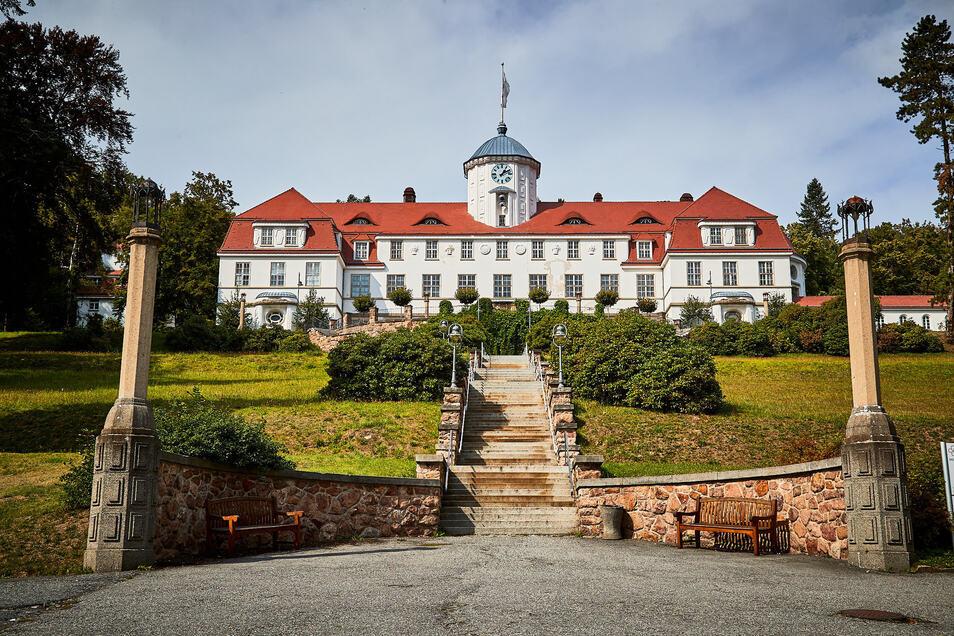 Geöffnet für Patienten, geschlossen für Besucher: Die Gottleubaer Median-Klinik.