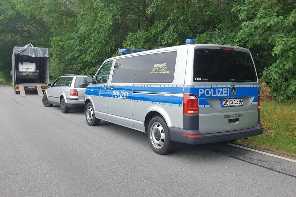 Die Polizei erwischte die Radlader-Diebe auf frischer Tat.