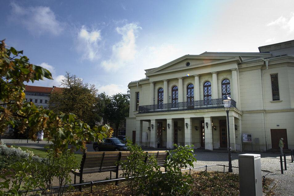 Blick auf das Gerhart-Hauptmann-Theater in Görlitz