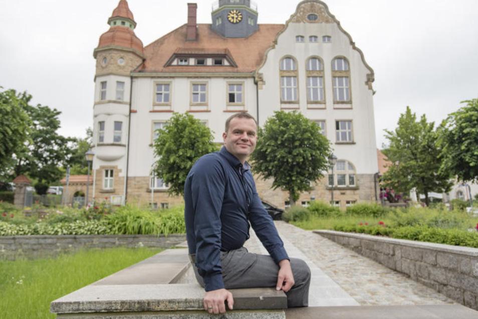 Der neue Bürgermeister von Großröhrsdorf Stefan Schneider.