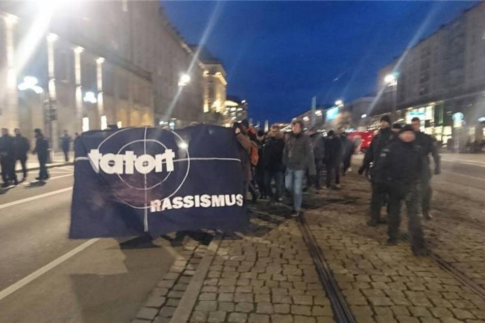 Eine Gegendemonstrationen von Gepida verzeichnete etwa 300 Anhänger.
