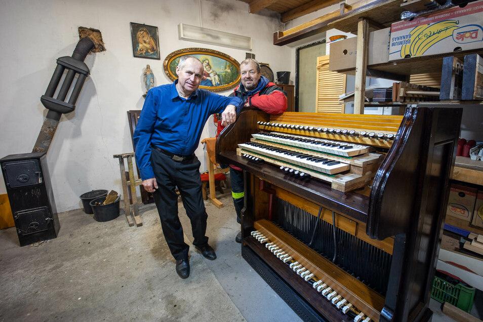 Organisator und Koordinator: Rolf Bartosch und Petr Benda stellten sich der Aufgabe, die Orgel zu retten.