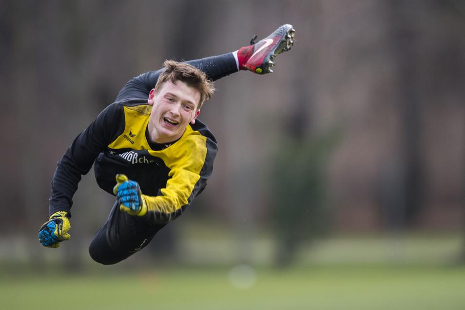 Fliegt nur noch im Training bei Dynamo: Torwart Markus Schubert.