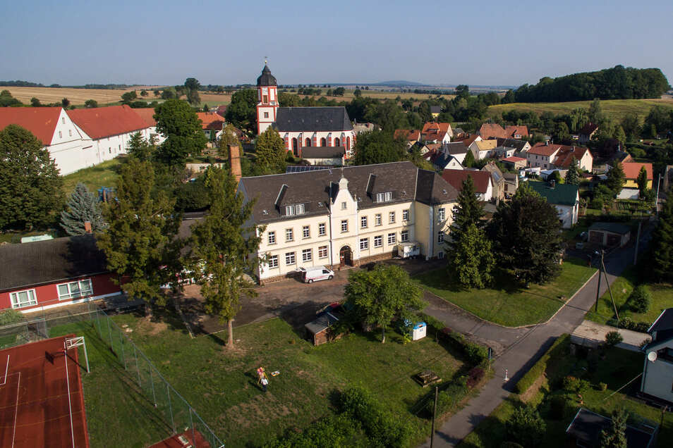 An der und um die Kulturschule Schrebitz sind einige Veränderungen geplant. Zur Finanzierung der Vorhaben will der Heimatverein beitragen.