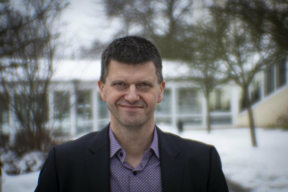 Carsten Tietze ist Geschäftsführer der Vamed Klinik in Pulsnitz. Mit dem Kauf einer städtischen Fläche will er noch mehr Stabilität für die Einrichtung erzielen.