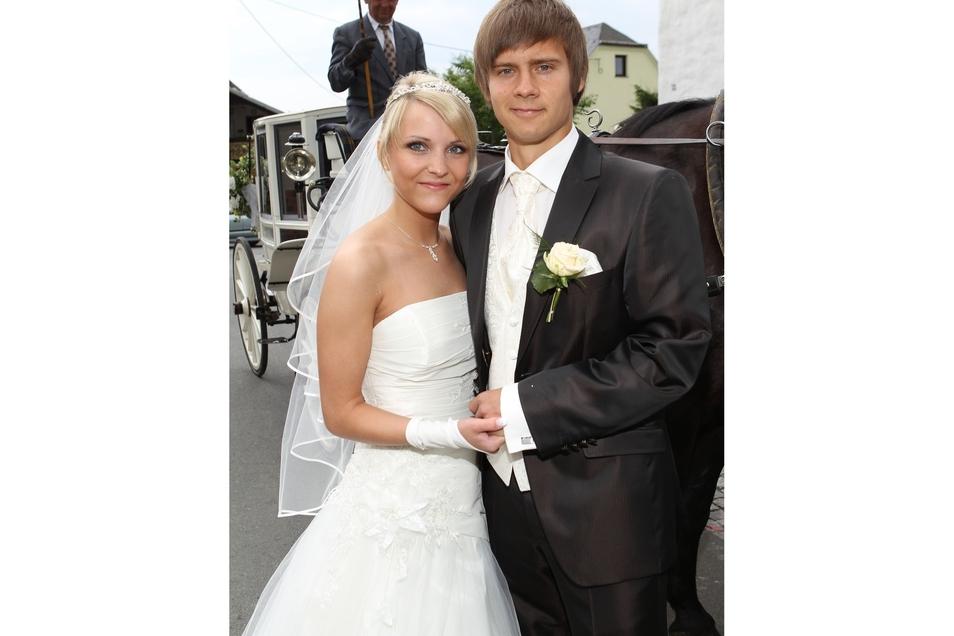 2011 heiratete Chris Löwe seineFreundin Monique.