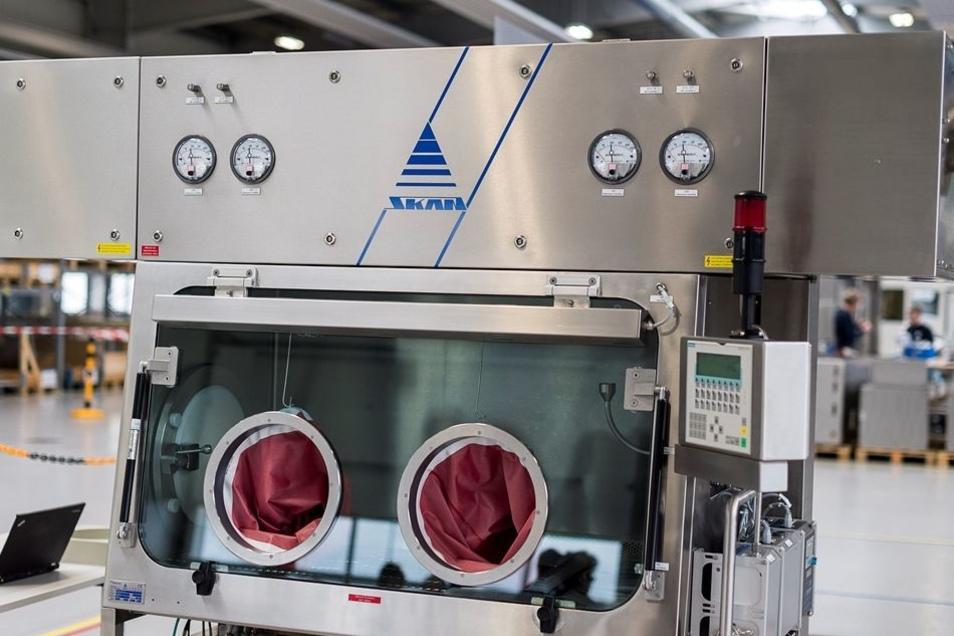 Solche Isolatoren für die Pharmaindustrie stellt Skan her. Eine neue Generation dieser Anlagen wird künftig in Hagenwerder produziert.