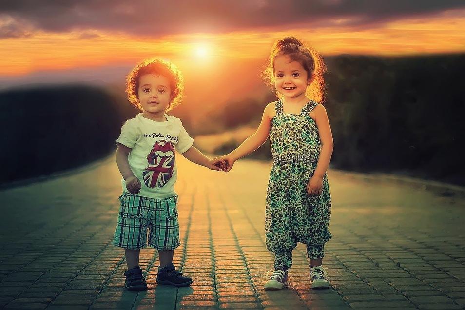 Geschwister zu haben ist für viele Kinder etwas ganz Tolles. Dass es auch viele Gründe gegen zusätzlichen Nachwuchs geben kann, verstehen besonders kleine Kinder nur schwer.