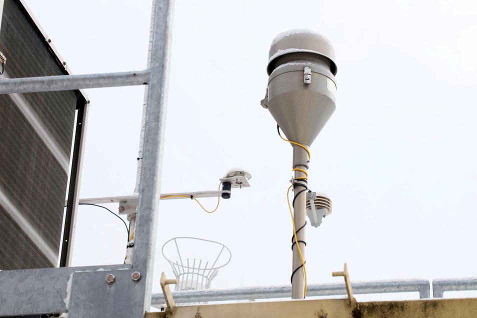 So sieht eine Feinstaub-Messstation aus. Das Foto ist in Zwickau entstanden.