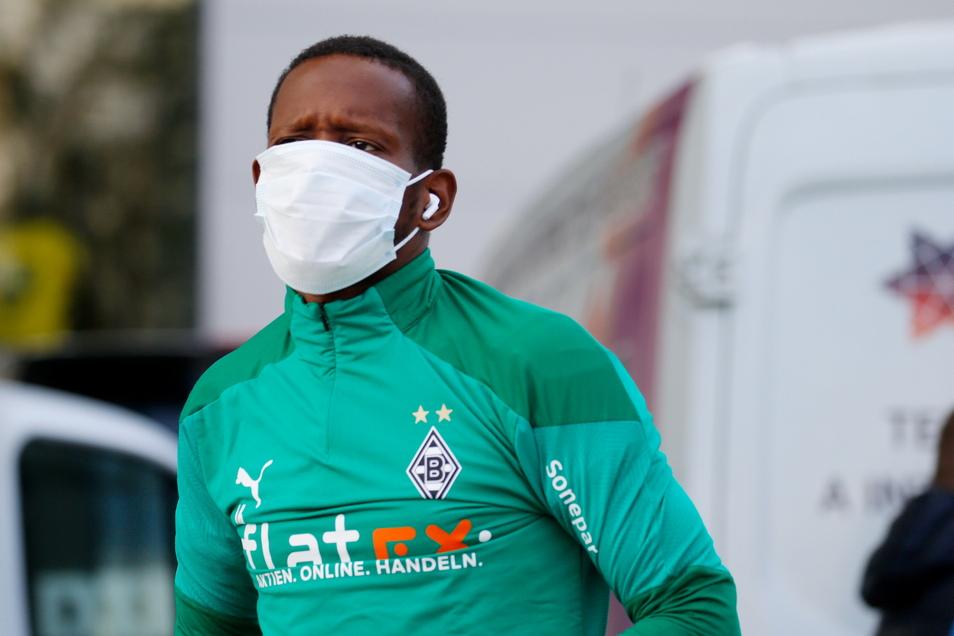 Kommt er oder kommt er nicht zu Dynamo? Beim Auswärtsspiel am Sonntag gegen den FC St. Pauli ist Ibrahima Traoré auf jeden Fall nicht dabei.