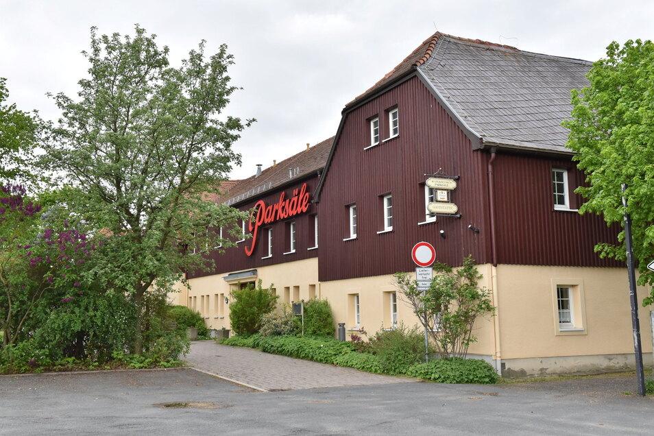 Zum Kulturzentrum Parksäle musste die Feuerwehr am Montagabend ausrücken - wegen eines Fehlalarms.