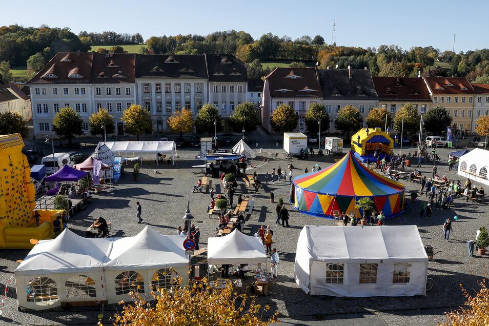 """Die Stadt feiert mit dem """"Friedensfest"""" gegen die Nazis - und wurde dafür schon ausgezeichnet."""